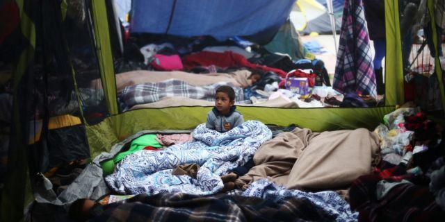 ΗΠΑ: Χώρισαν 2000 παιδιά από τους μετανάστες γονείς τους | tanea.gr