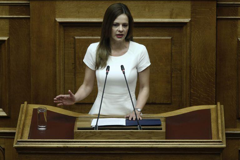 Αχτσιόγλου: Η υπογραφή της συμφωνίας από μόνη της δεν παράγει αποτελέσματα | tanea.gr
