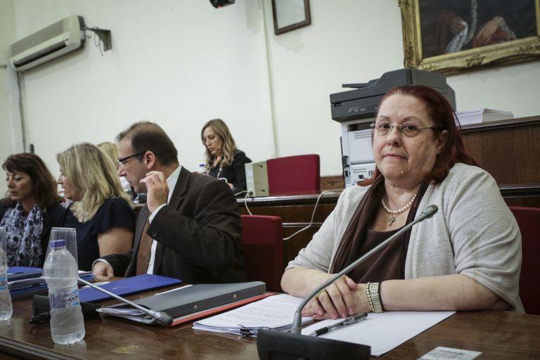 Ενταση στη Βουλή με την Επιθεωρήτρια Δημόσιας Διοίκησης | tanea.gr