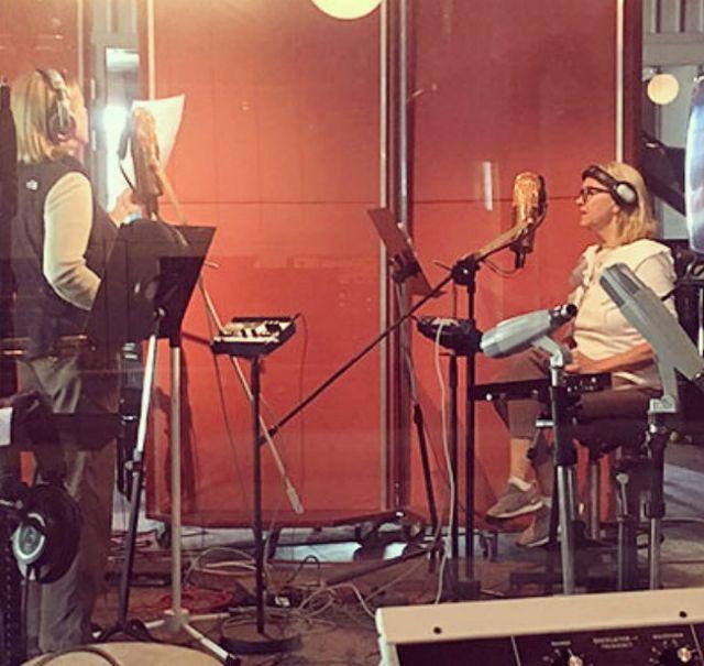 Οι ABBA ηχογραφούν μαζί ύστερα από 35 χρόνια και φωτογραφίζονται στο στούντιο   tanea.gr