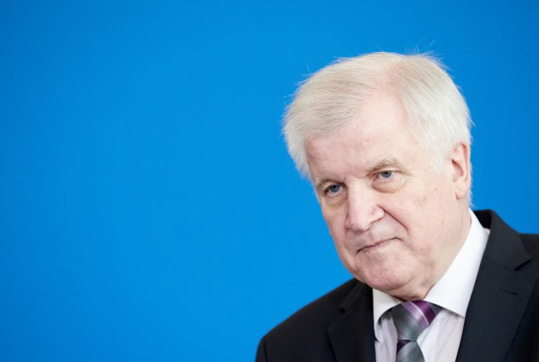 Γερμανία: «Ο Ζεεχόφερ είναι επικίνδυνος για την Ευρώπη»   tanea.gr
