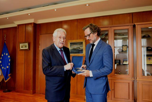 Συνάντηση Κουβέλη με τον γερμανό πρεσβευτή   tanea.gr