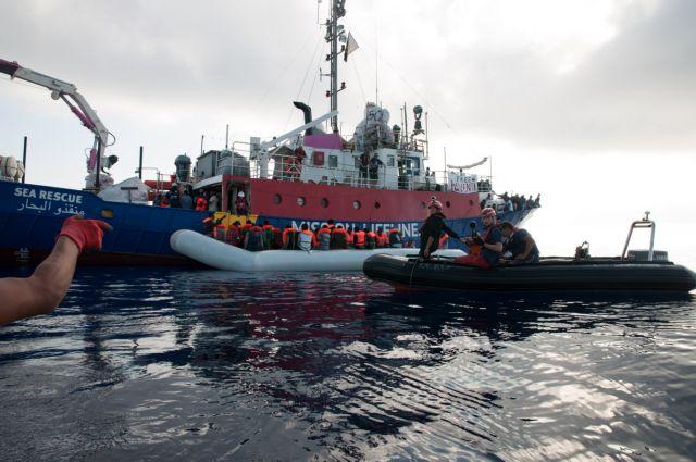 Νέα προσφυγική «ναυμαχία» Ιταλίας – Μάλτας | tanea.gr