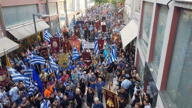 Αποδοκιμασίες χωρίς τέλος για ΣΥΡΙΖΑ - ΑΝΕΛ | tanea.gr
