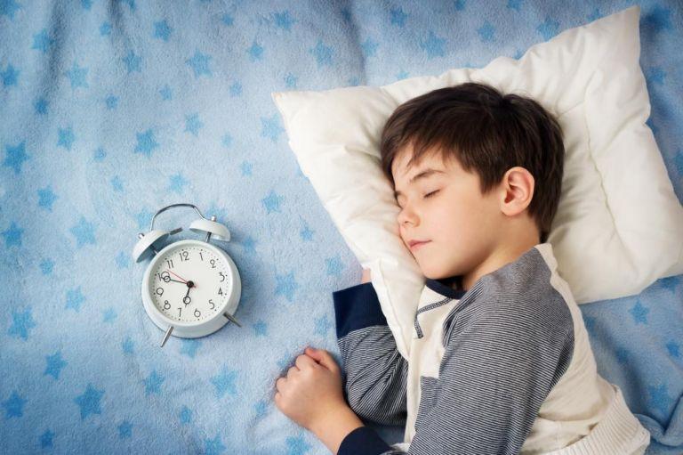 Η ρουτίνα ύπνου του παιδιού κατά τη διάρκεια και μετά το ταξίδι   tanea.gr
