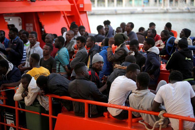 Σκληρή επίθεση κατά Τσίπρα για την επιστροφή παράτυπων μεταναστών στην Ελλάδα | tanea.gr