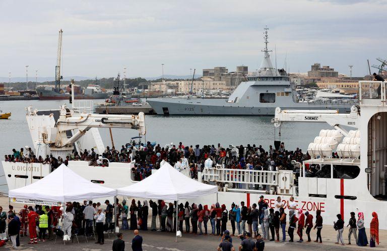 Η Ιταλία αρνείται τη δημιουργία νέων hot spot στην επικράτειά της | tanea.gr