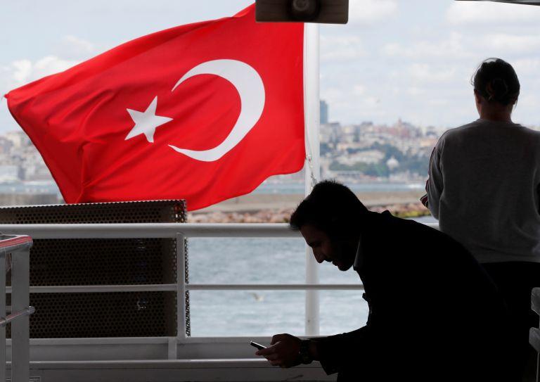 Τουρκία: Υπό κράτηση 132 ύποπτοι για το αποτυχημένο πραξικόπημα   tanea.gr