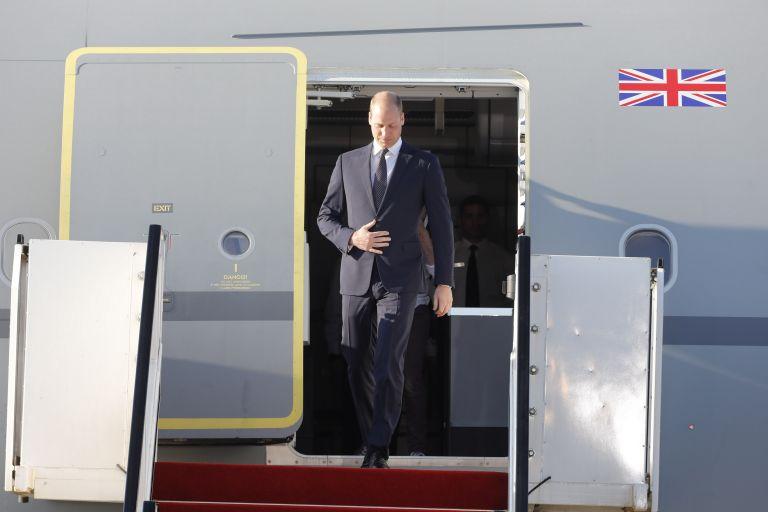 Ιστορική περιοδεία του πρίγκιπα Ουίλιαμ στη Μέση Ανατολή   tanea.gr