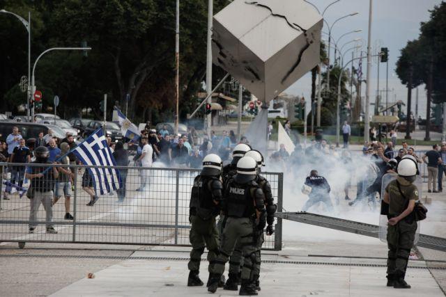 Πεδίο μάχης η Θεσσαλονίκη   tanea.gr