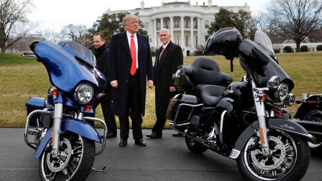 Ο Τραμπ απειλεί τώρα τη Harley Davidson   tanea.gr