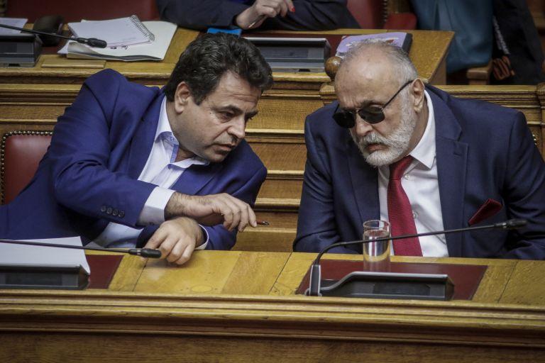Ψηφίστηκε από την Ολομέλεια το Μεταφορικό Ισοδύναμο | tanea.gr