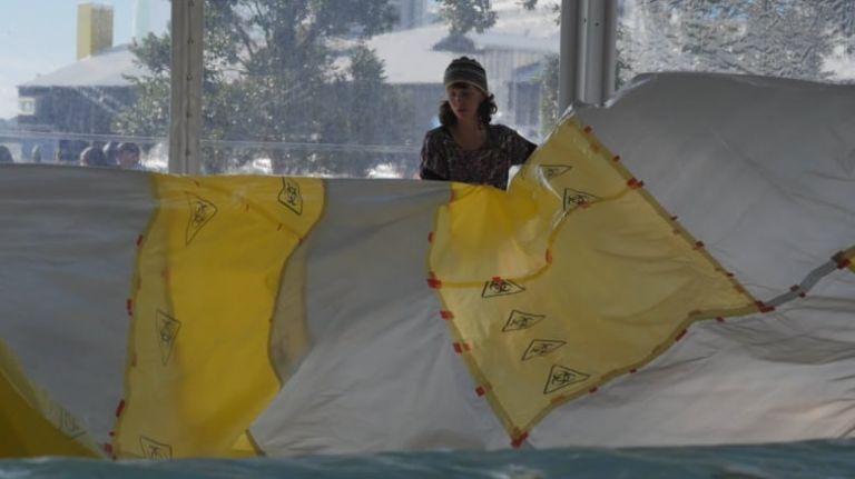Η τέχνη της Μπράιντι Ρουντ δίνει ένα ηχηρό οικολογικό μήνυμα | tanea.gr