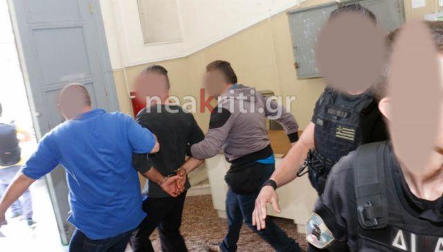 Είκοσι χρόνια κάθειρξη στον… πατέρα που βίαζε τη 13χρονη κόρη του | tanea.gr