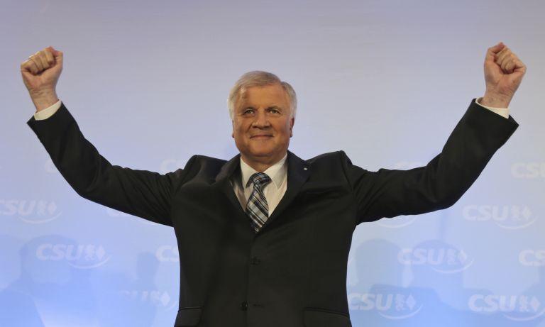 Αισιόδοξος ο Ζεεχόφερ ότι το SPD θα εγκρίνει την συμφωνία του με τη Μέρκελ | tanea.gr