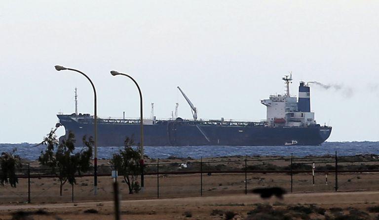 Σαουδική Αραβία: Αναστολή διέλευσης πετρελαίου μέσω της Ερυθράς Θάλασσας | tanea.gr