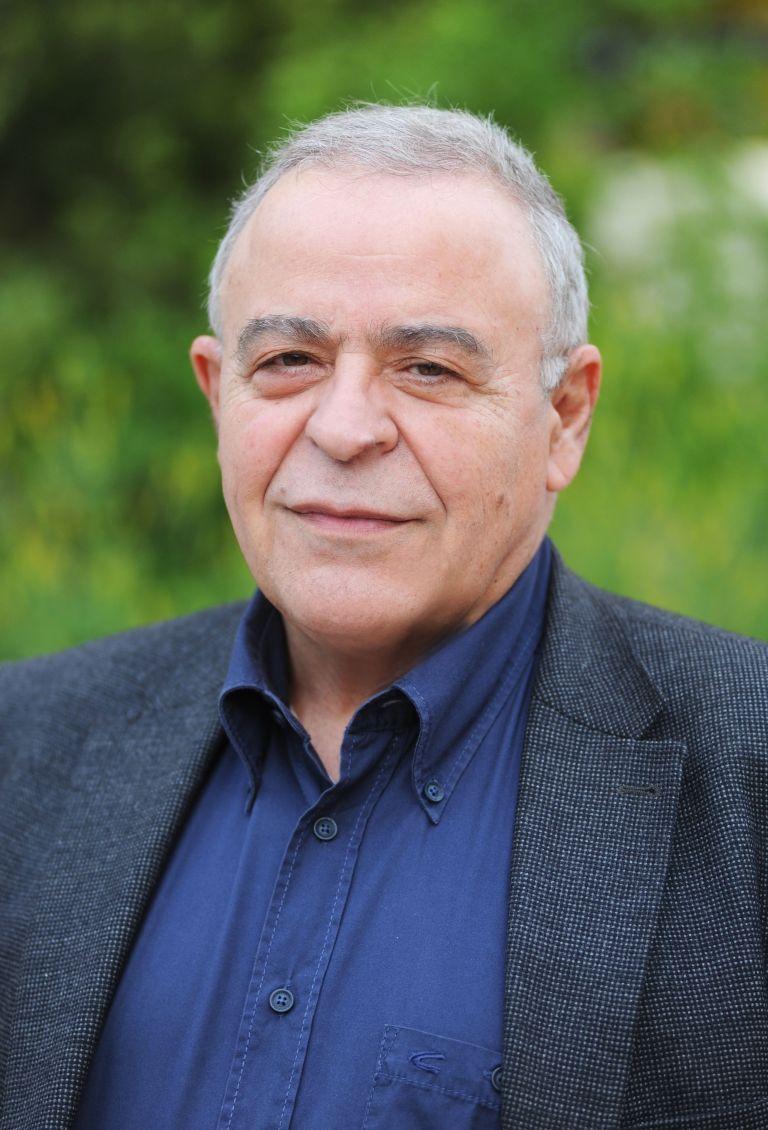 Πέθανε ο καθηγητής Συνταγματικού Δικαίου, Σταύρος Τσακυράκης | tanea.gr