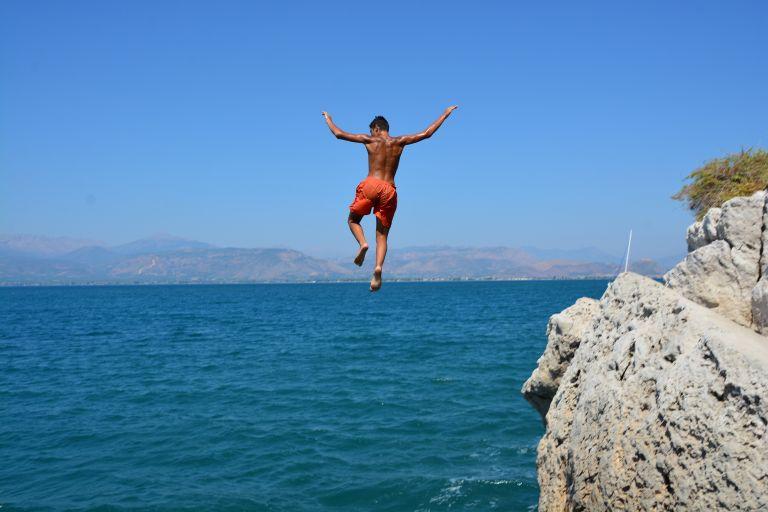 Στους 37 βαθμούς ο υδράργυρος – Πού θα χτυπήσει η ζέστη | tanea.gr