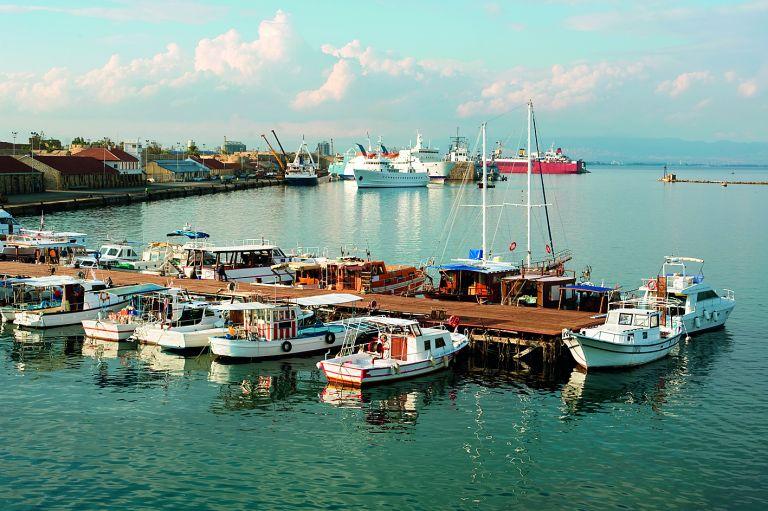 Σκοτώθηκε γυναίκα στην Αμμόχωστο από ανατροπή σκάφους   tanea.gr