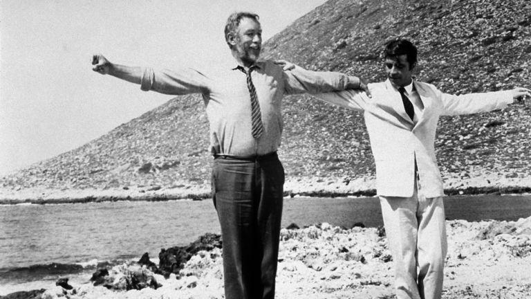 Εφυγε από τη ζωή ο χορευτής που έμαθε συρτάκι στον Αντονι Κουίν | tanea.gr