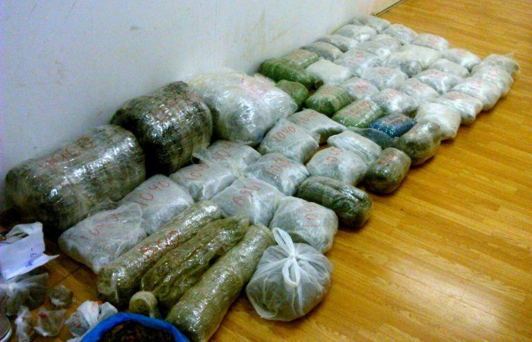 Εξαρθρώθηκε εγκληματική οργάνωση που διακινούσε κοκαΐνη και κάνναβη | tanea.gr