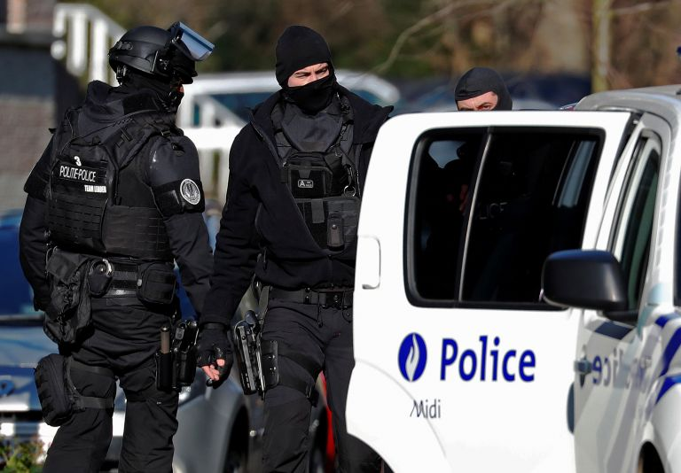 Εξι συλλήψεις για απόπειρα «τρομοκρατικής επίθεσης» σε Βέλγιο και Γαλλία | tanea.gr