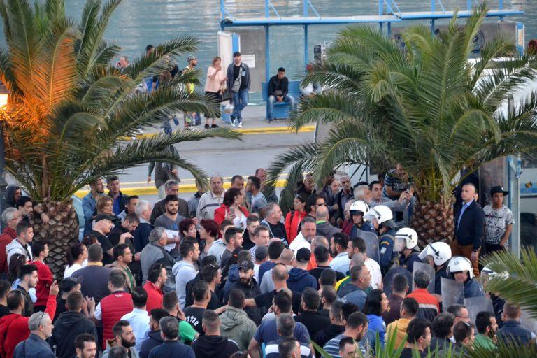 Μυτιλήνη: Στα ύψη βρίσκεται ο αριθμός μεταναστών και προσφύγων στο νησί | tanea.gr