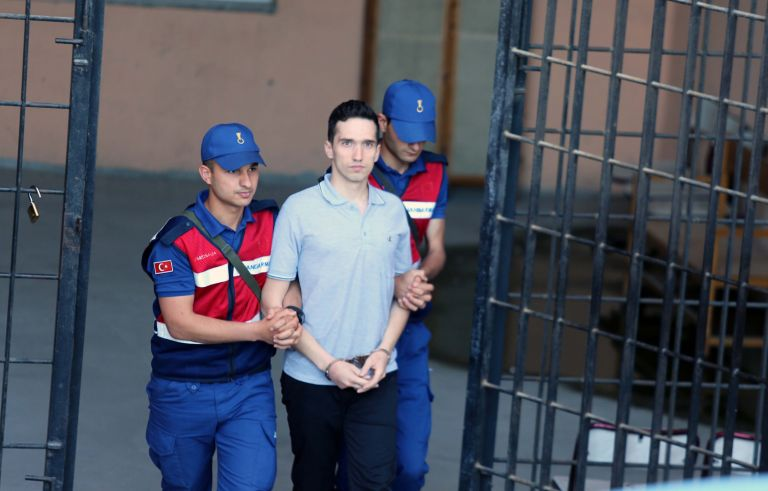 Νέο «όχι» στην απελευθέρωση των δύο ελλήνων στρατιωτών | tanea.gr