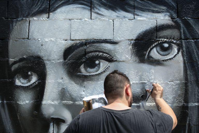 Θ-INK : Τα αρχαία μνημεία απαντούν στα γκράφιτι | tanea.gr