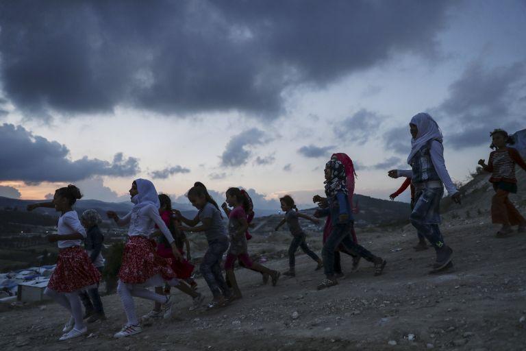 Εκκένωση πολιορκημένων χωριών στη Συρία | tanea.gr