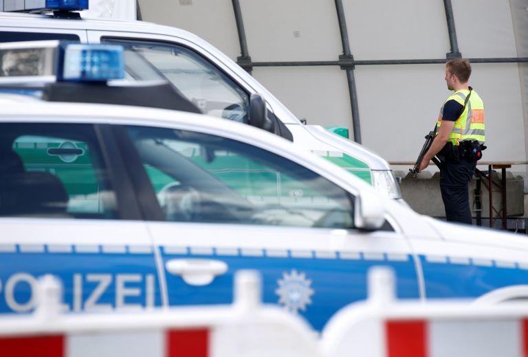 Μετανάστης κατηγορείται για βιασμό και δολοφονία ανήλικων κοριτσιών   tanea.gr