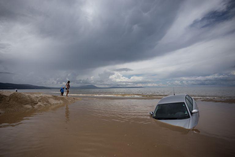 Θεσσαλονίκη: Σε έκτακτη ανάγκη περιοχές που επλήγησαν από βροχοπτώσεις | tanea.gr