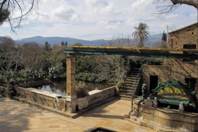 Η Εφορία βαφτίζει οικόπεδα τα περιβόλια | tanea.gr