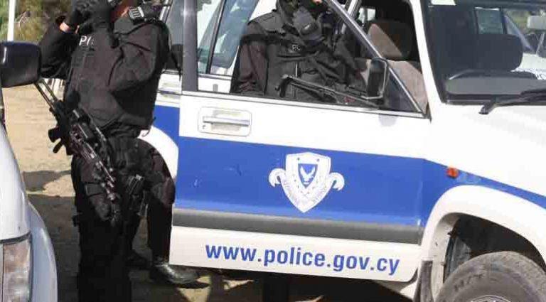 Σύλληψη στρατιώτη στην Κύπρο – Εστελνε εμβάσματα στους «Πυρήνες της Φωτιάς»   tanea.gr