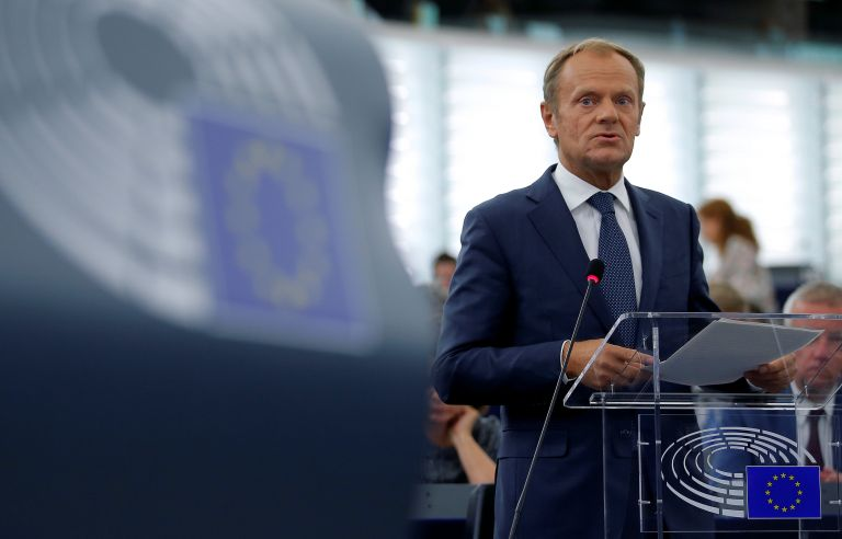 Τουσκ: Απέχουμε πολύ από την επίλυση του χάους του Brexit | tanea.gr