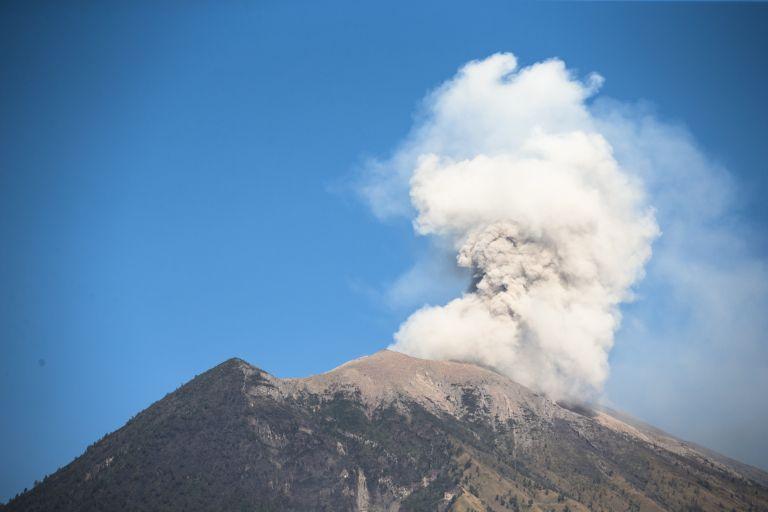 Γουατεμάλα: 332 οι αγνοούμενοι μετά την έκρηξη του Ηφαιστείου Φουέγο | tanea.gr