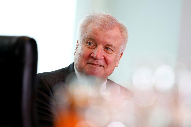 Brexit: Η γερμανική κυβέρνηση παίρνει αποστάσεις από το Ζεεχόφερ | tanea.gr