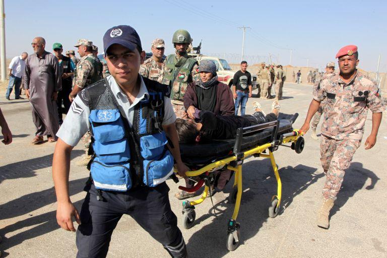 18 νεκροί από έκρηξη παγιδευμένου αυτοκινήτου στην ανατολική Συρία | tanea.gr