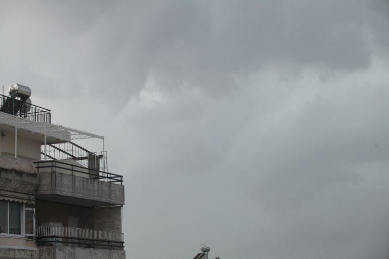 Ερχονται καταιγίδες και ισχυροί άνεμοι - Συστάσεις από τη γγ Πολιτικής Προστασίας | tanea.gr