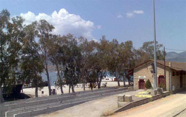 Χαλκίδα: Πτώμα επέπλεε μπροστά από τον σιδηροδρομικό σταθμό | tanea.gr