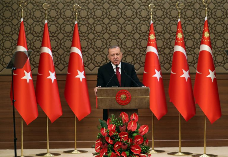 Κ. Φίλης: Ο Ερντογάν λειτουργεί σαν θρησκευτικός ηγέτης   tanea.gr