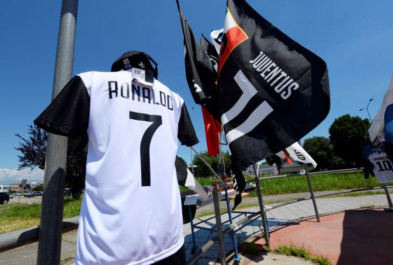 Christiano Ronaldo: Η μεταγραφή στην Ιταλία προκαλεί απεργίες   tanea.gr