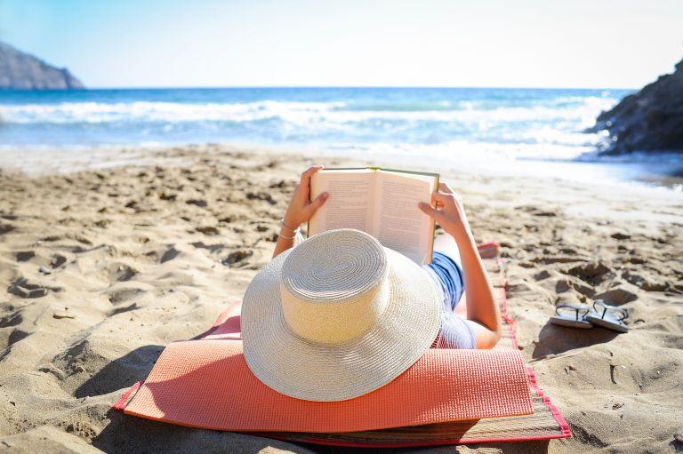 Καλοκαίρι με δέκα ελληνικά μυθιστορήματα | tanea.gr