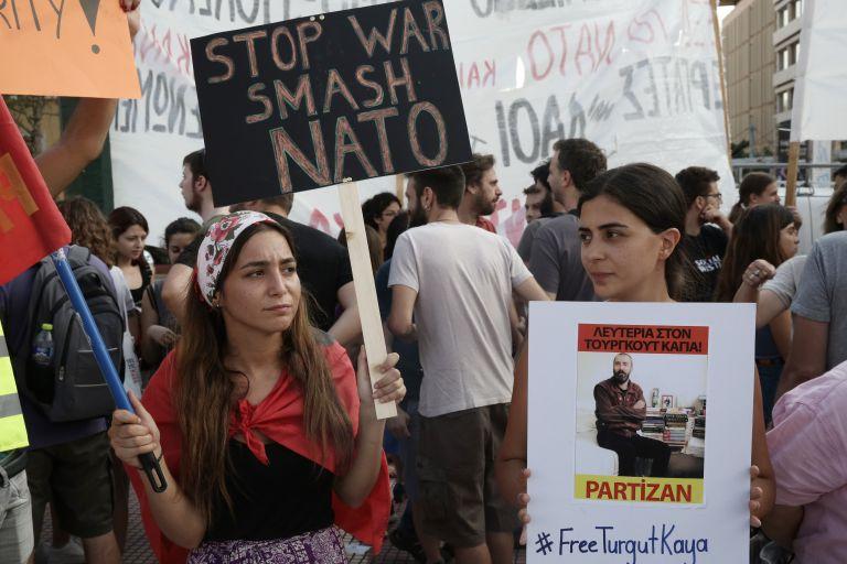 Αντινατοϊκές πορείες διαμαρτυρίας σε Αθήνα και Θεσσαλονίκη | tanea.gr