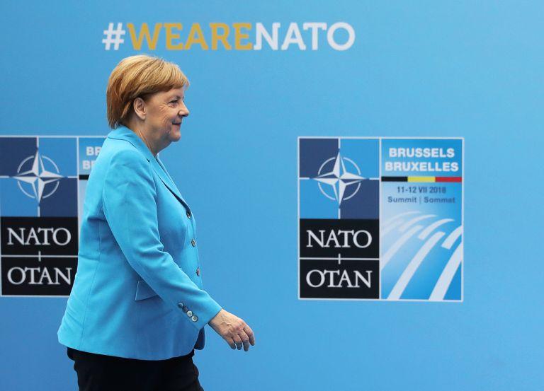 Μέρκελ : Οι χώρες του ΝΑΤΟ συζήτησαν σοβαρά την κατανομή των βαρών | tanea.gr