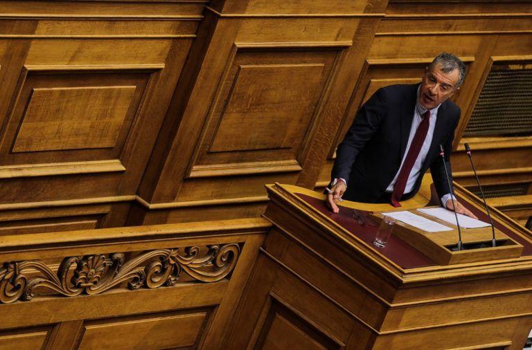 Θεοδωράκης: Δεν θα γίνουμε ιπποκόμοι κανενός | tanea.gr