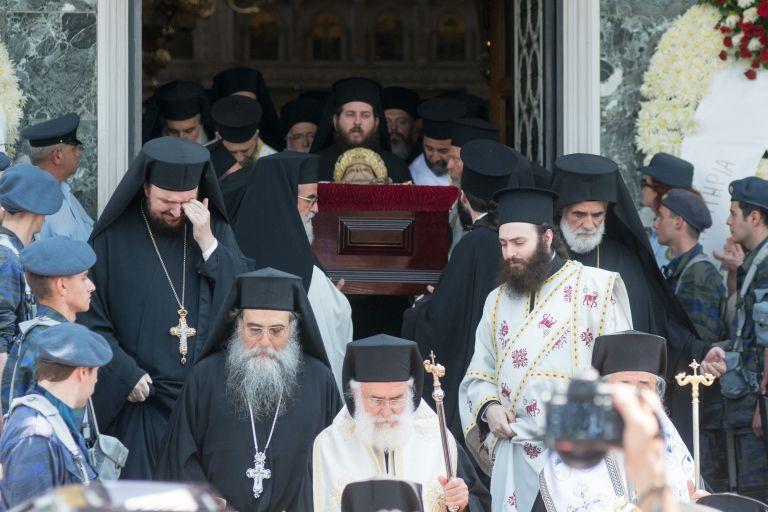 Το τελευταίο αντίο στο Μητροπολίτη Λαρίσης και Τυρνάβου Ιγνάτιο | tanea.gr