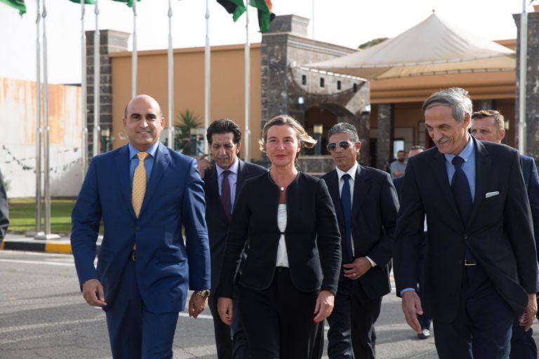 Η Ευρώπη ενισχύει τη Λιβύη για να κρατήσει τους μετανάστες | tanea.gr