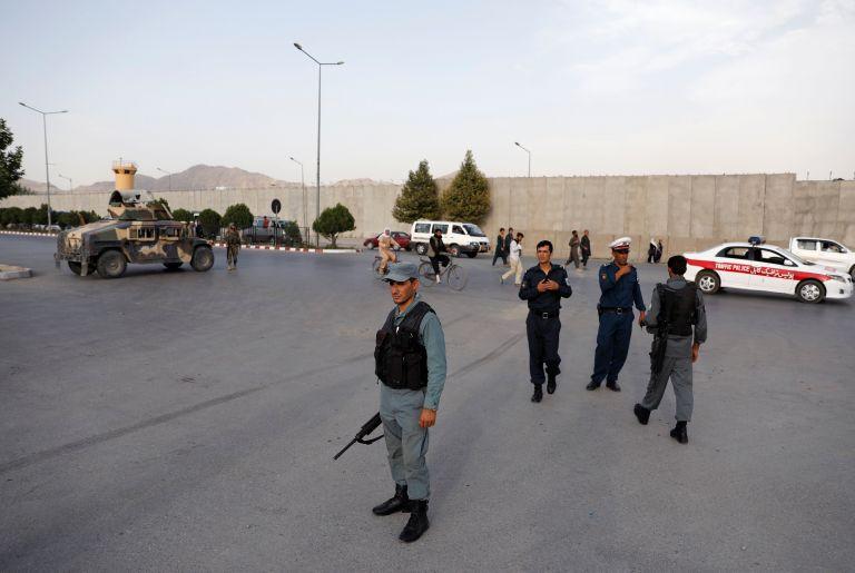 Επτά νεκροί στην Καμπούλ από επίθεση κοντά σε υπουργείο | tanea.gr