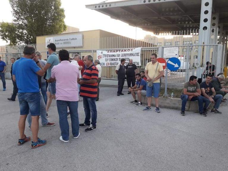 Φλώρινα: Αποκλείστηκε η πύλη του ΑΗΣ Μελίτης από μέλη της ΓΕΝΟΠ | tanea.gr